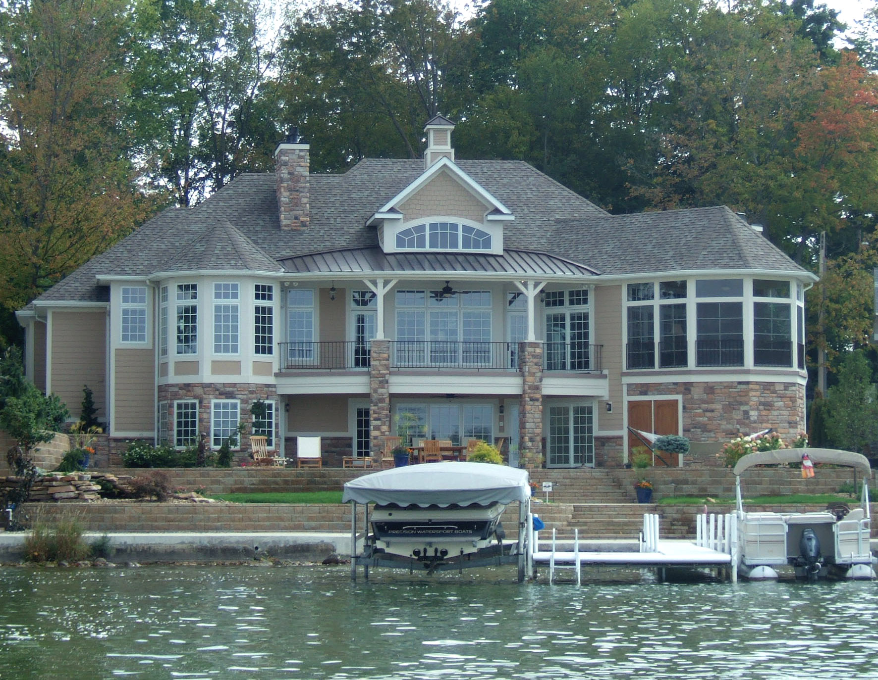 Lake home construction in northern Indiana
