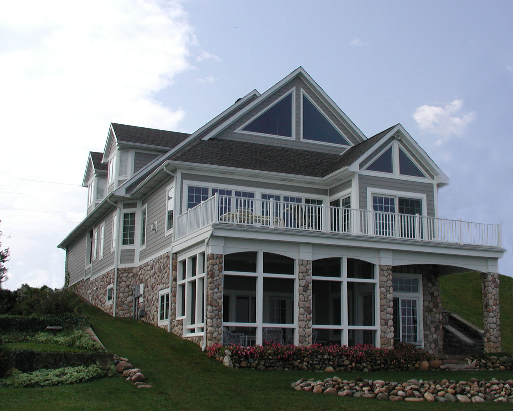 Vacation home design and build on northern Indiana lake
