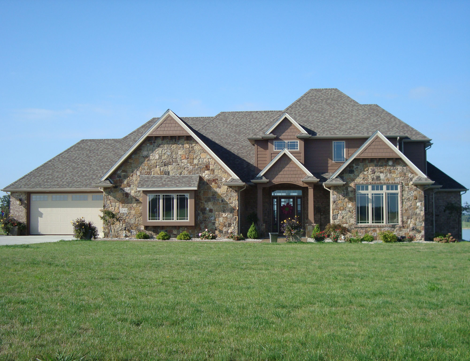 Angola Indiana new home building and design