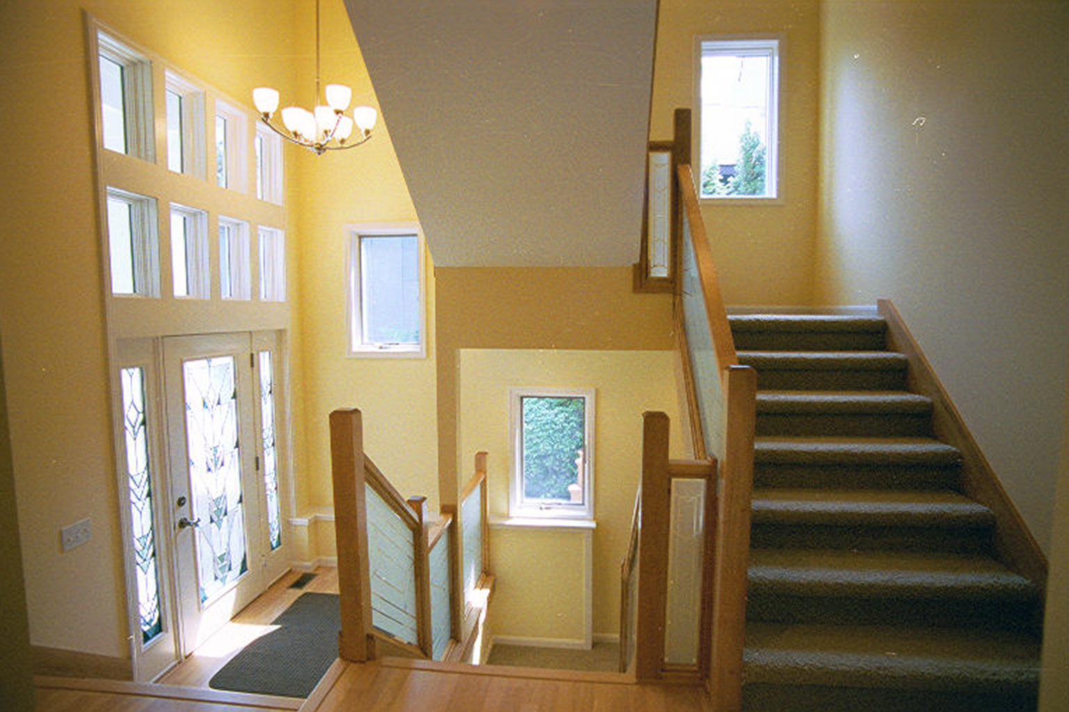 New home and remodeling stairway railings