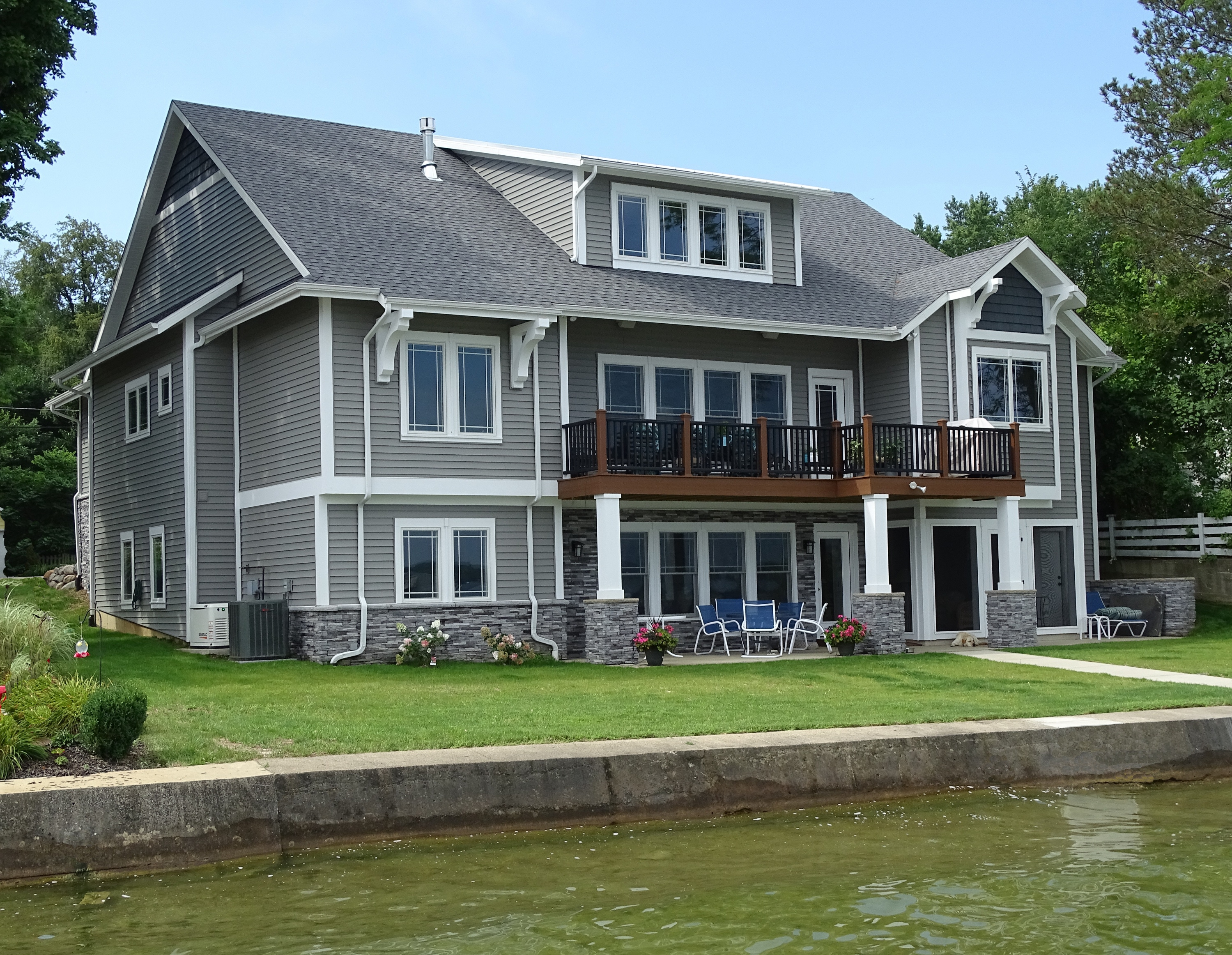 Clear Lake building project
